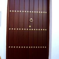 Guadalcanal maderas y muebles | Puerta exterior 1