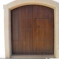 Guadalcanal maderas y muebles | Puerta exterior 8