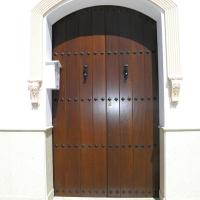 Guadalcanal maderas y muebles | Puerta exterior 9