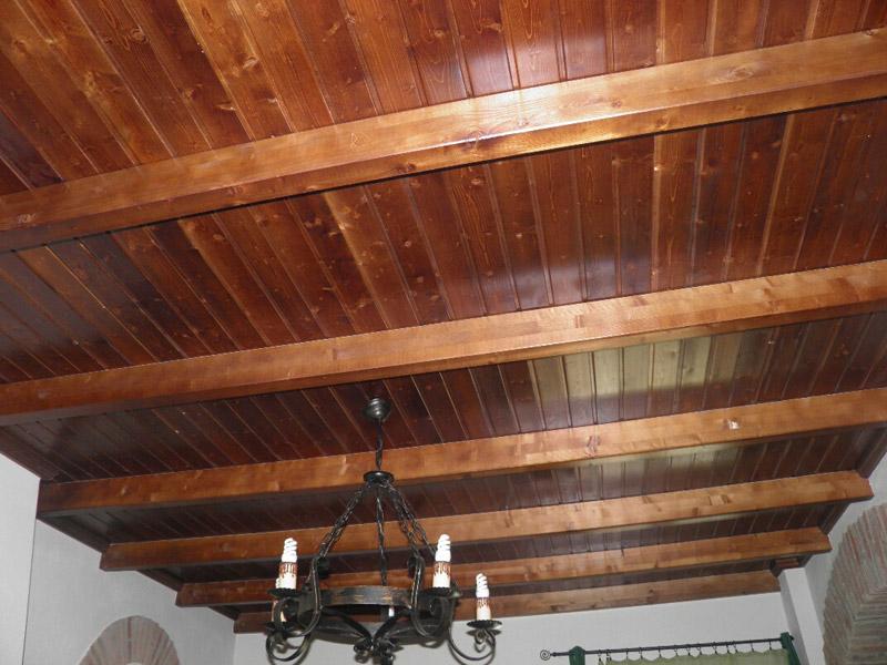 Techos de madera guadalcanal maderas y muebles for Techos de galerias exteriores